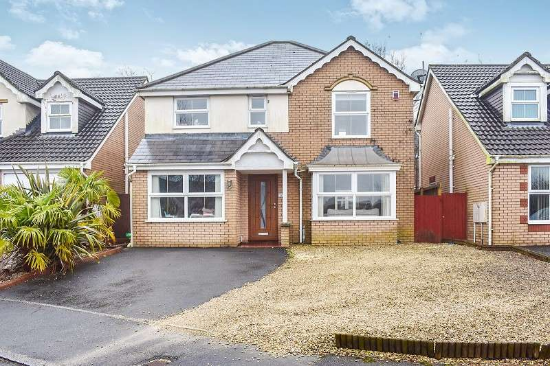 4 Bedrooms Detached House for sale in Pant Y Fedwen , Broadlands, Bridgend. CF31 5DE