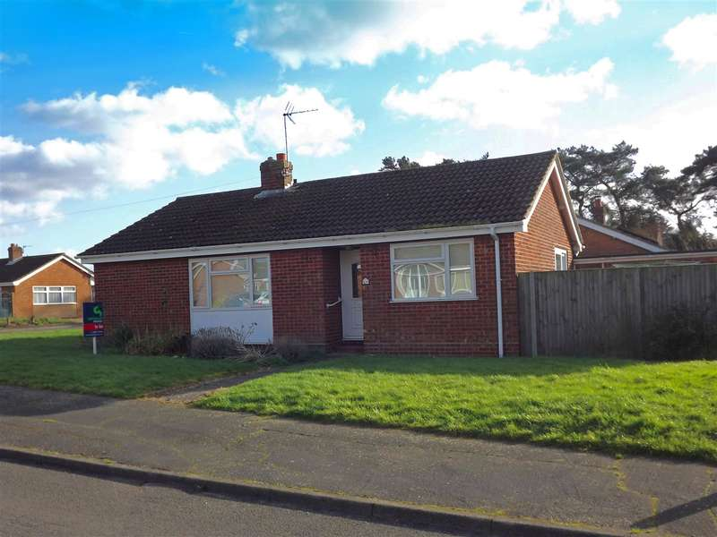 3 Bedrooms Bungalow for rent in Acle