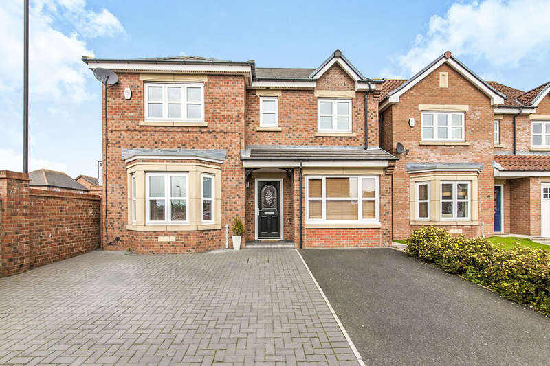 4 Bedrooms Detached House for sale in Merryweather Rise, Tunstall, Sunderland, SR3