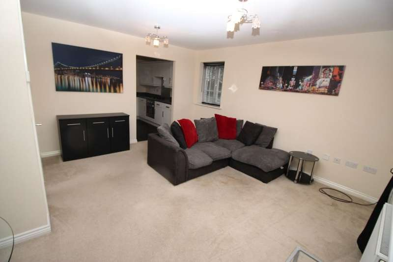 2 Bedrooms Flat for rent in Alpina Way, Swallownest, Sheffield, S26