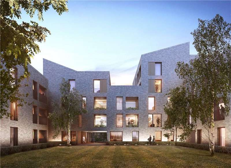 3 Bedrooms Flat for sale in London, NW6