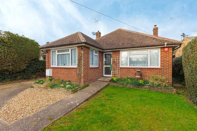 2 Bedrooms Detached Bungalow for sale in Copes Road, Great Kingshill, Buckinghamshire, HP15 6JE