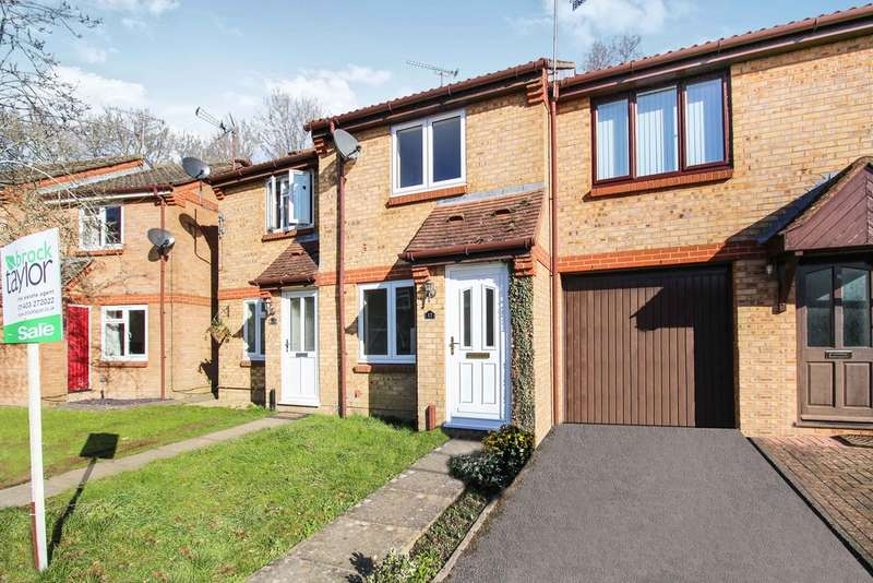 2 Bedrooms Terraced House for sale in Jay Close, Southwater
