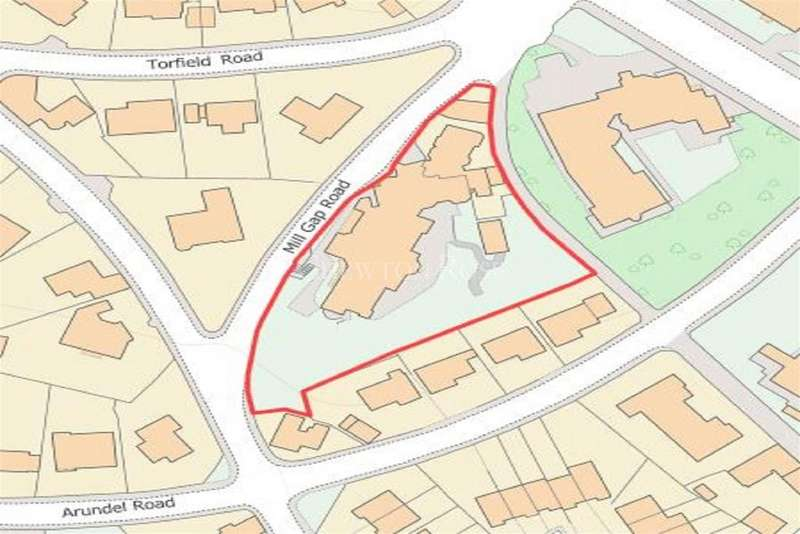 6 Bedrooms Land Commercial for sale in Mill Gap Road, Eastbourne, BN21