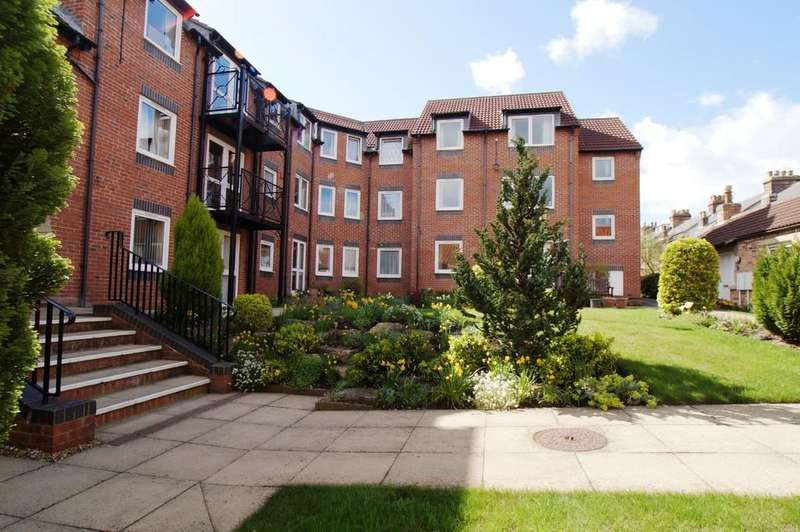 1 Bedroom Apartment Flat for sale in 38 Strawberry Court, Scarborough