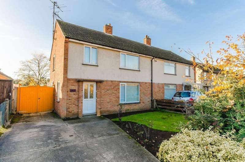 3 Bedrooms Semi Detached House for sale in Arbury Road, Cambridge