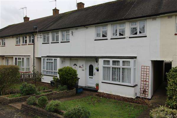 2 Bedrooms Terraced House for sale in Fenwick Path, Borehamwood