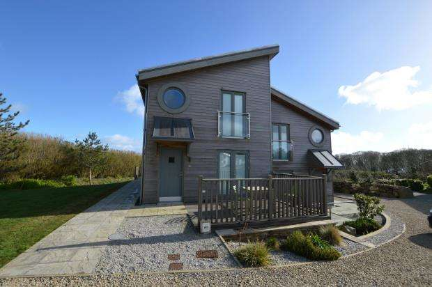 1 Bedroom Terraced House for sale in Una, Trencrom Lane, Carbis Bay, Cornwall