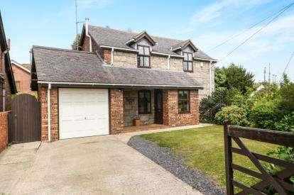 3 Bedrooms Detached House for sale in Llys Penyffordd, Pentre Lane, Rhuddlan, Denbighshire, LL18