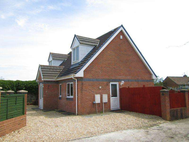 4 Bedrooms Detached House for rent in Caeffatri Close Bridgend CF31 1LZ