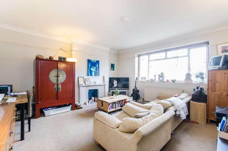 4 Bedrooms Flat for sale in Willesden Lane, Brondesbury Park, NW6