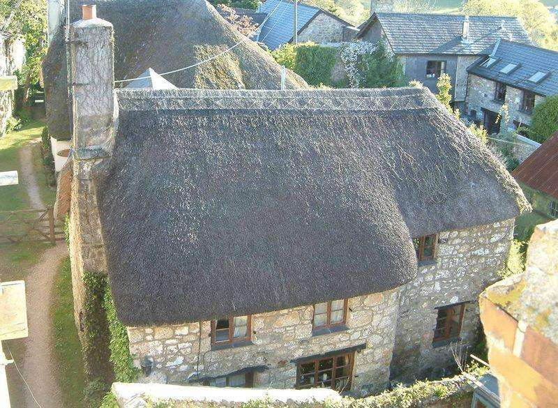 3 Bedrooms Detached House for rent in Weavers Cottage, Mill Street, Chagford