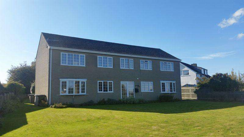2 Bedrooms Flat for rent in Lincoln Road, Horncastle
