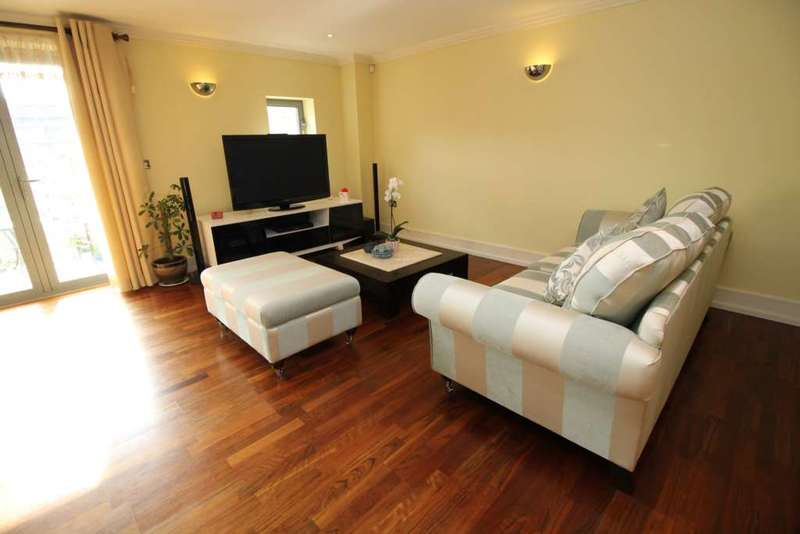 2 Bedrooms Apartment Flat for sale in Tallow Road, Brentford