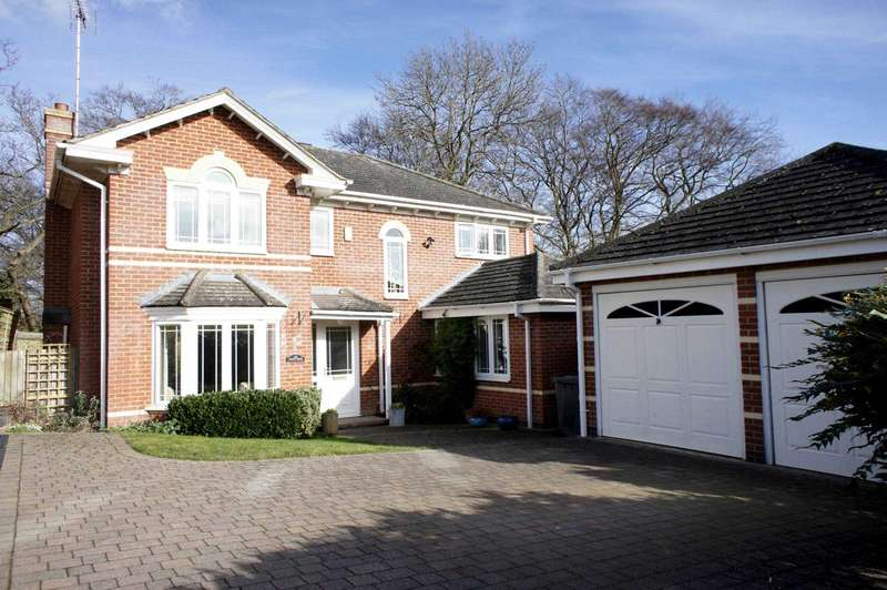 4 Bedrooms Detached House for sale in Hunters Chase, Caversham Heights