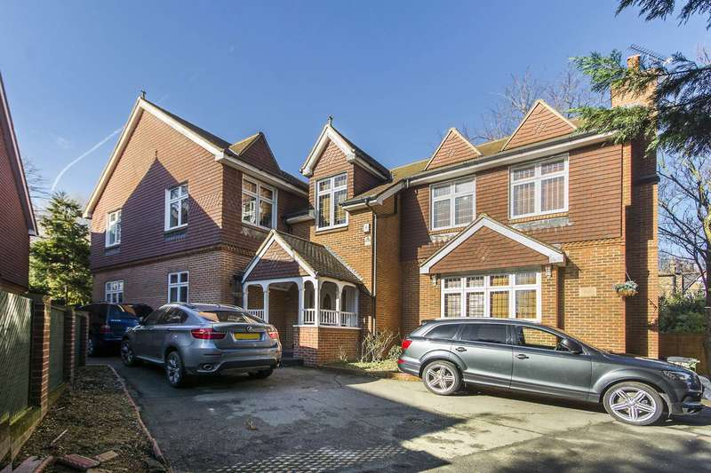 5 Bedrooms House for sale in Edwards Way, Brockley, SE4