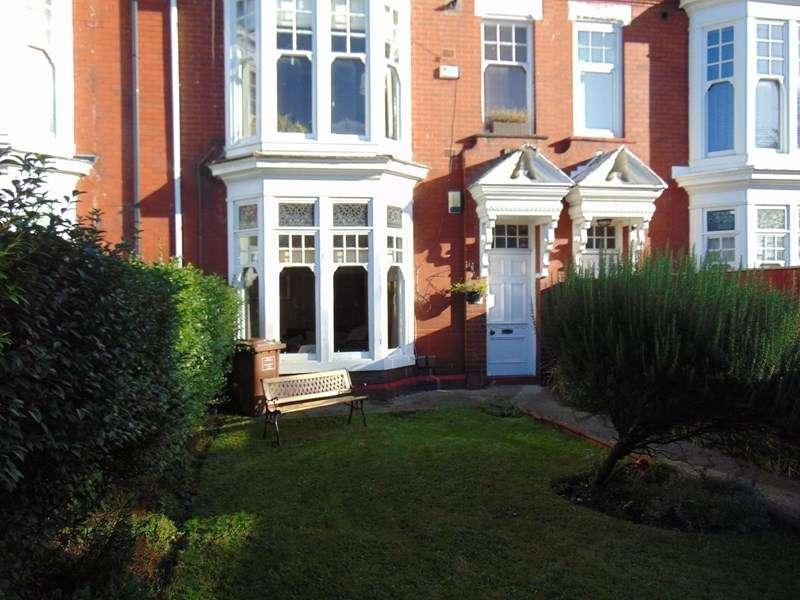 2 Bedrooms Property for sale in Rowlandson Terrace, grangetown, Sunderland, Tyne & Wear, SR2 7SU