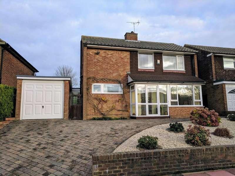 4 Bedrooms Detached House for sale in Glendale Avenue, Eastbourne