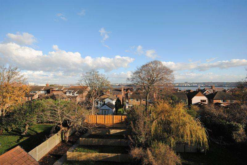 2 Bedrooms Apartment Flat for sale in Penkett Road, Wallasey