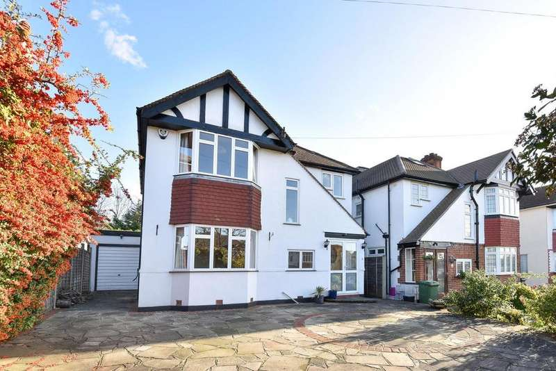 3 Bedrooms Detached House for sale in The Crescent, West Wickham