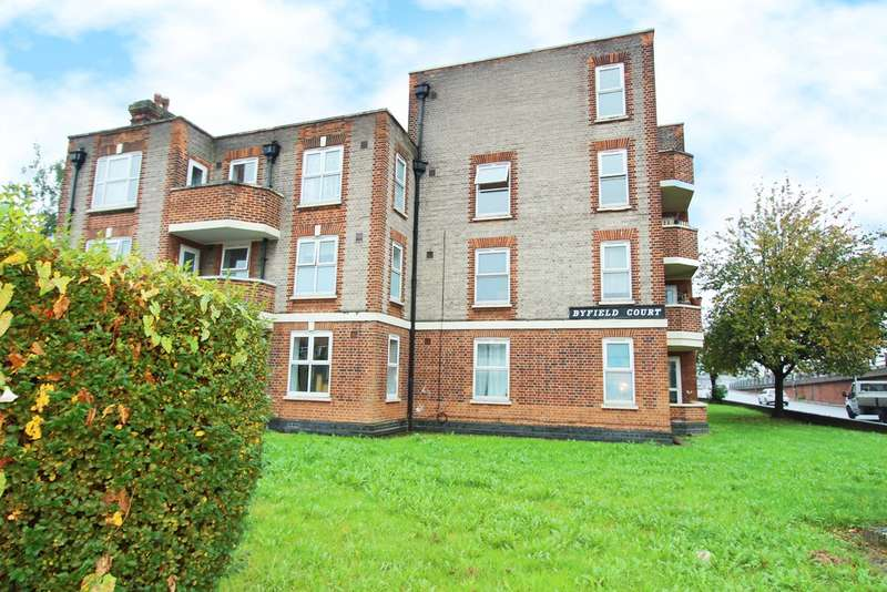 4 Bedrooms Ground Flat for sale in Malden Way, New Malden