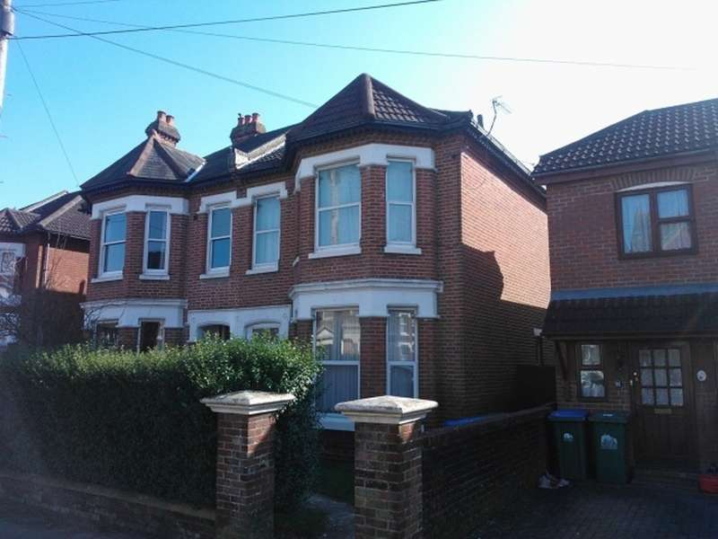 6 Bedrooms Semi Detached House for rent in Alma Road, Portswood SO14