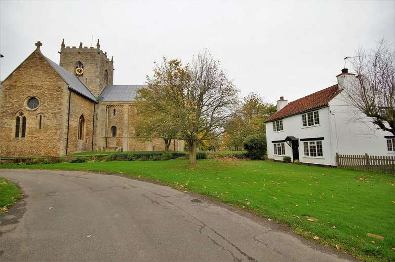 3 Bedrooms Cottage House for sale in Church Road, Stow, Lincoln