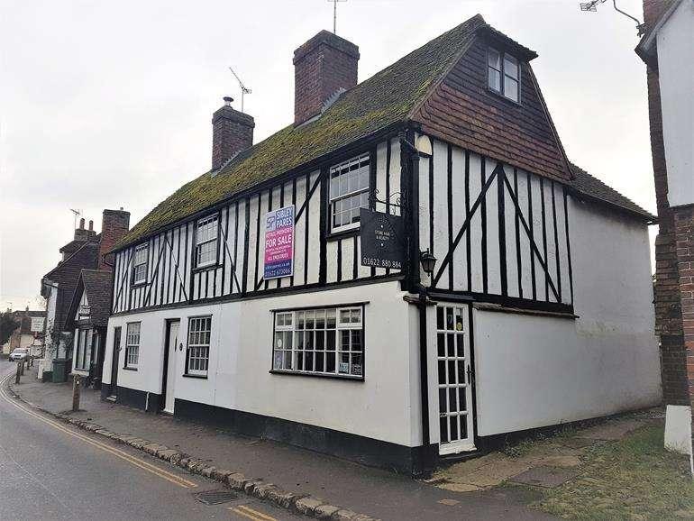 Plot Commercial for sale in Eyhorne Street, Hollingbourne, Maidstone, Kent, ME17 1TR