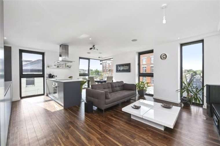 2 Bedrooms Apartment Flat for sale in Lavender House, 1b Ratcliffe Cross Street, Limehouse, London, E1