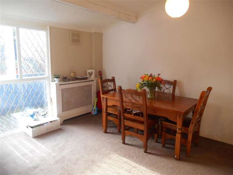 3 Bedrooms Terraced House for sale in Whitcroft, , Langdon Hills, Basildon, Essex