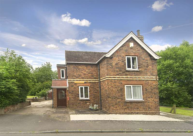 4 Bedrooms Detached House for sale in The Hobbins House, The Hobbins, Bridgnorth, Shropshire, WV15