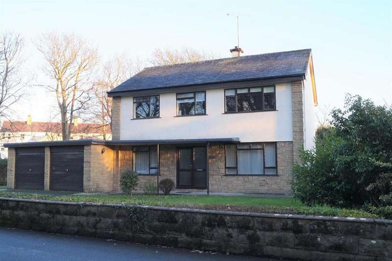 4 Bedrooms Detached House for sale in Glan Cymerau, Pwllheli