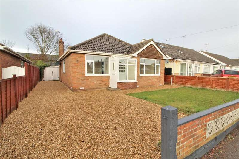 3 Bedrooms Detached Bungalow for sale in Jubilee Avenue, Clacton-On-Sea