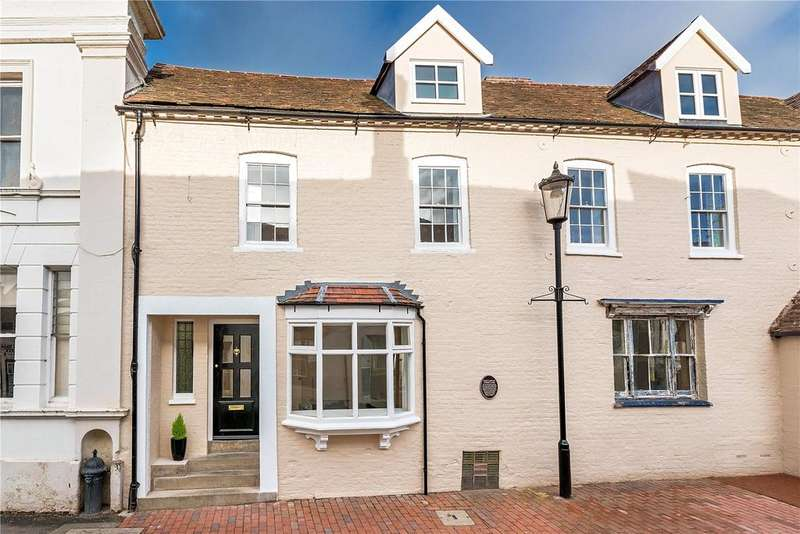 3 Bedrooms Terraced House for sale in Weaver's, 32 East Castle Street, Bridgnorth, Shropshire, WV16