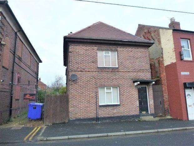 1 Bedroom Detached House for sale in CASTLE VIEW, CASTLETOWN, SUNDERLAND NORTH