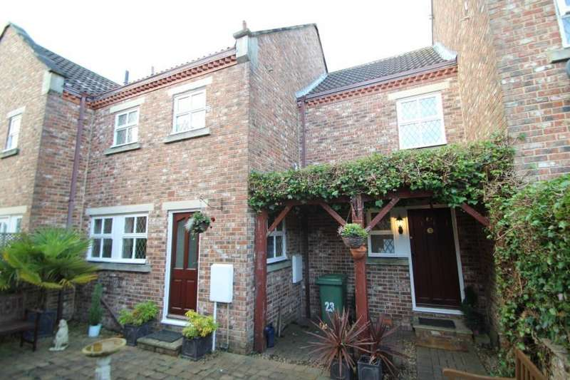 4 Bedrooms Terraced House for rent in BURNS WAY, CLIFFORD, WETHERBY, LS23 6TA