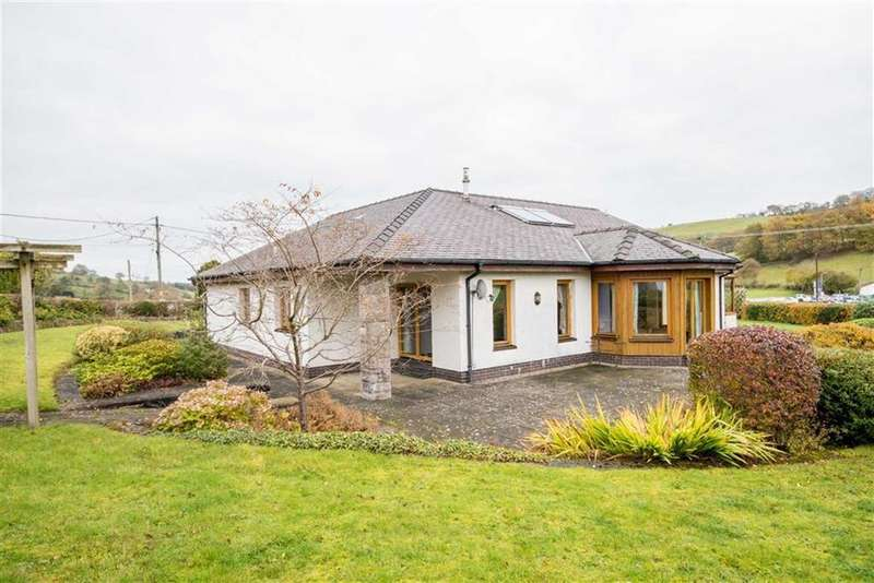 3 Bedrooms Detached Bungalow for sale in Bryn Saith Marchog, Corwen