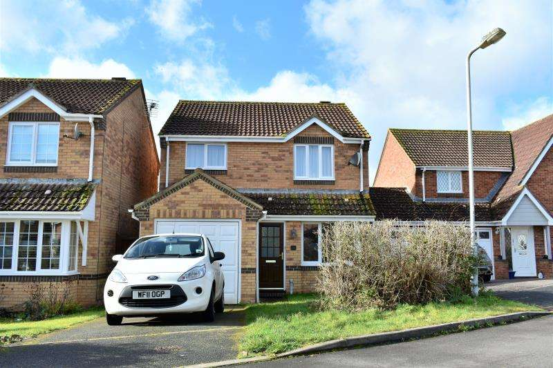 3 Bedrooms Detached House for sale in Farriers Green, Monkton Heathfield, Taunton, Somerset