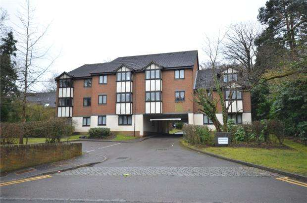 1 Bedroom Apartment Flat for sale in Woodpeckers, 9 Crowthorne Road, Bracknell