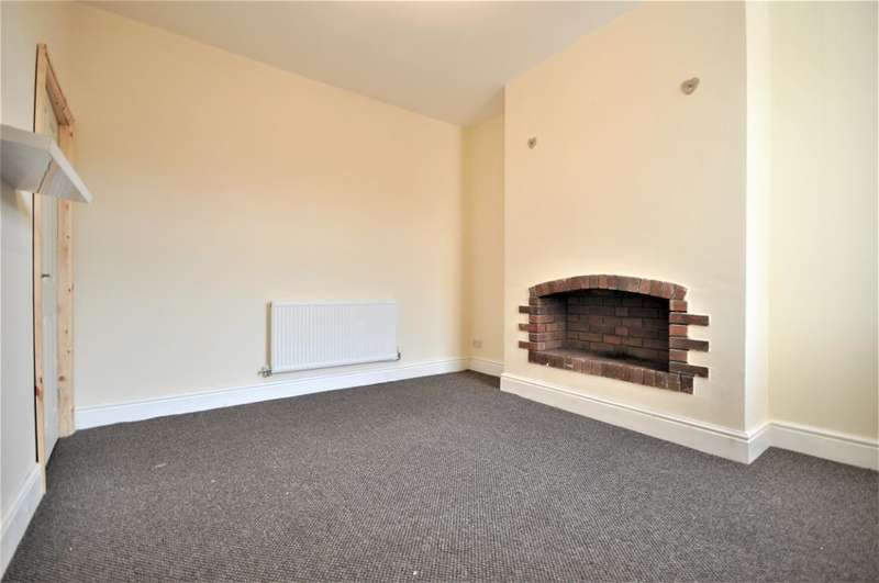 3 Bedrooms Terraced House for sale in Hawes Side Lane, Blackpool, Lancashire, FY4 4AS