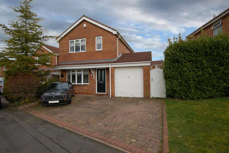 3 Bedrooms Detached House for sale in Salcombe Drive, Brierley Hill, DY5 3QX