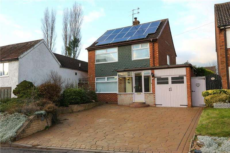 3 Bedrooms Detached House for sale in Littleheath Lane, Lickey End, Bromsgrove, B60