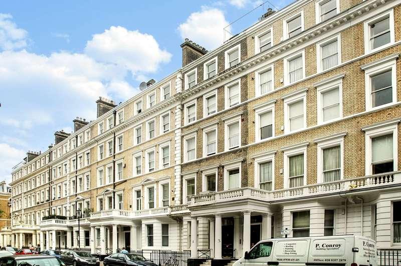 1 Bedroom Flat for sale in Southwell Gardens, South Kensington, SW7