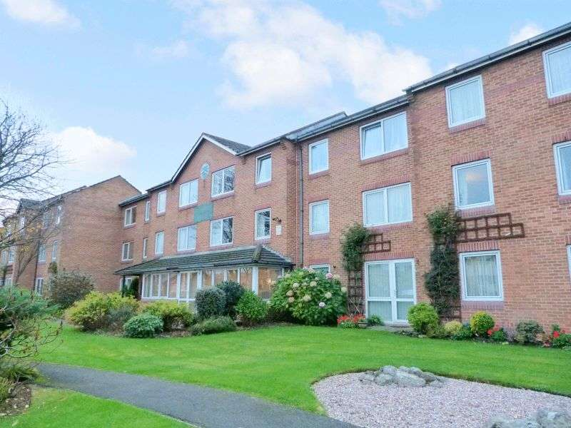 1 Bedroom Property for sale in Homefylde House, Blackpool, FY3 9EN