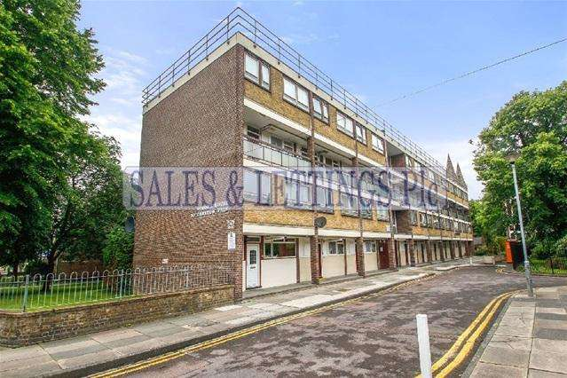 3 Bedrooms Flat for sale in Strome House, London