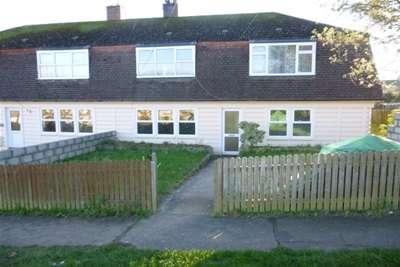 2 Bedrooms Flat for rent in Penarwyn St Blazey PAR