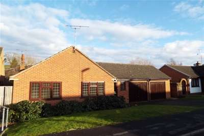 3 Bedrooms Bungalow for rent in 7 Fountain Road, Draycott-in-the-Clay