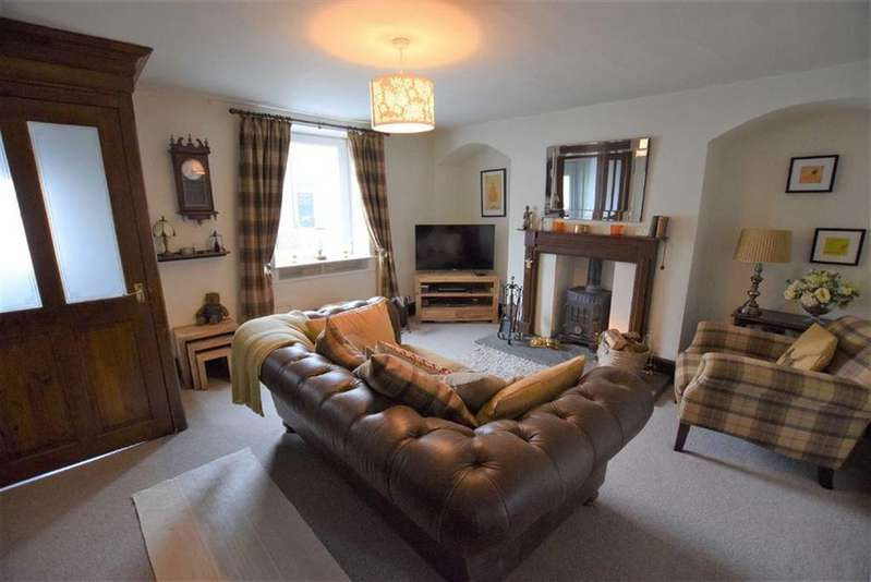 2 Bedrooms Cottage House for sale in Red Lion Street, Earby, Lancashire