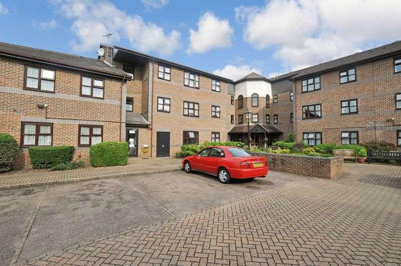 2 Bedrooms Property for sale in Kingsley Court (Bexleyheath), Bexleyheath, DA6 7LA