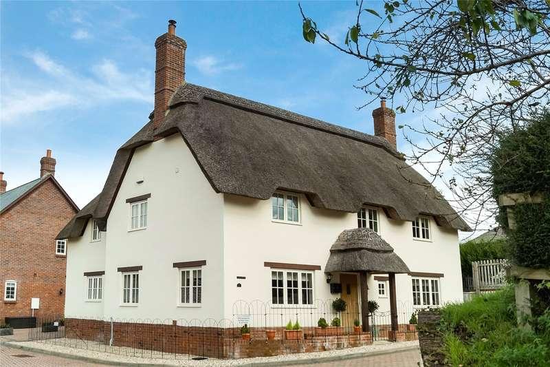 4 Bedrooms Detached House for sale in Fox View, Milborne St Andrew, Blandford Forum, Dorset, DT11